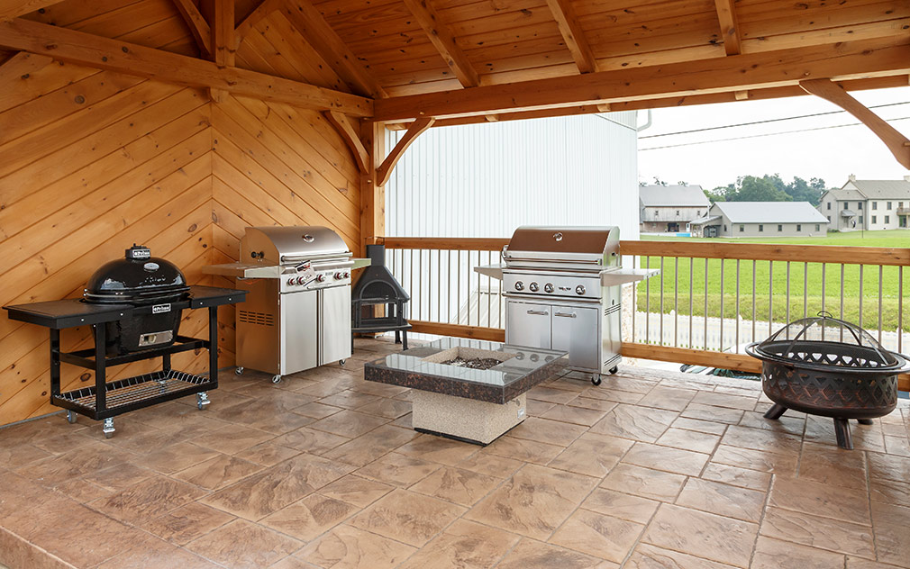 grills and fire pit